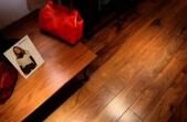 HW Amerikos juodojo riešutmedžio Prime dvisluoksnės parketlentės, lakuotos, su nuožulomis 20x180 mm